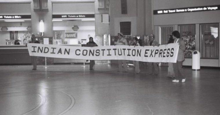 http---o.aolcdn.com-hss-storage-midas-8617e53ae1f2a4aa05a500d3c8f52d1e-205496413-constitution-express-banner